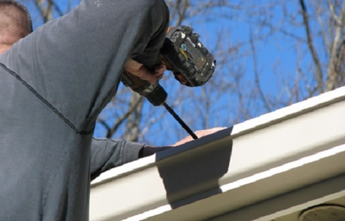 professional Toronto eavestrough repair