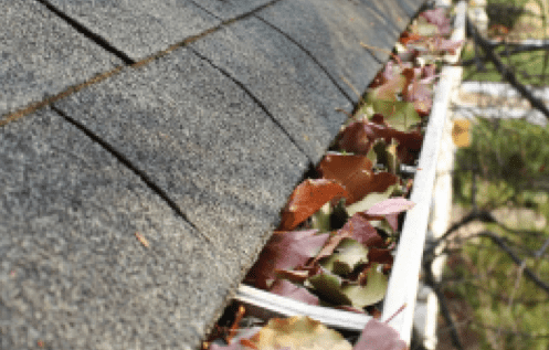 dirty eavestrough gutter cleaning